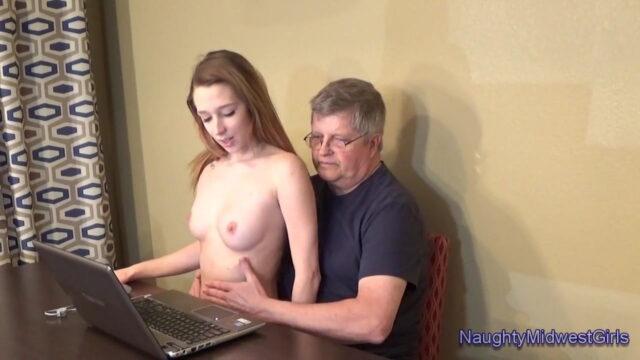 Bilgisayar Eğitimi Seks Merkezine Döndü