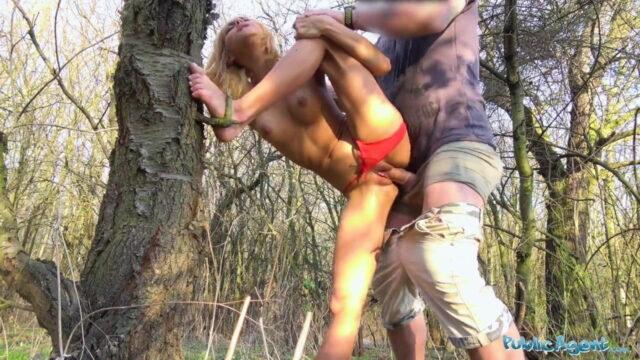 Yengesini Ormanda Parçaladı