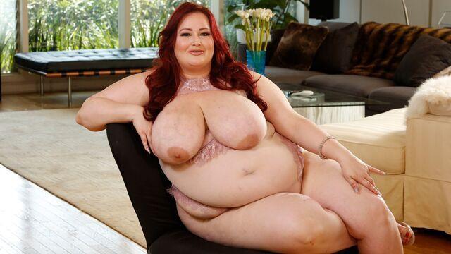 Obez Karısını Sikerek İncelteceğini Sanıyor