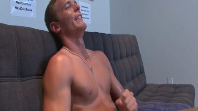 Hard Porno İzleyip Karısını Parçaladı